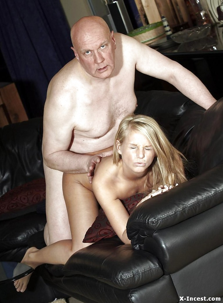 Filthy mom gets fucked in a 724adult com