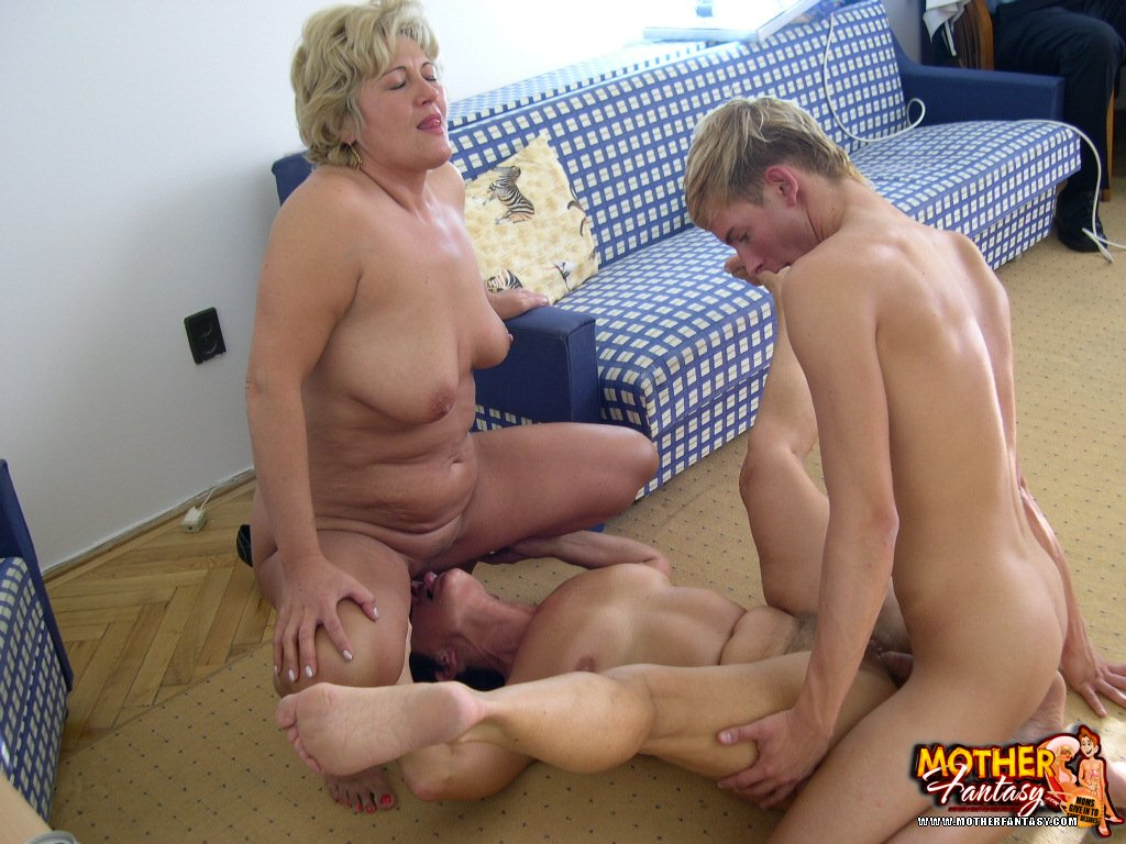 Mom want to fuck son indeed