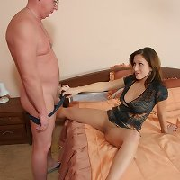 Gray-haired papa slams his limp meaty rod into his daughter's fresh slit