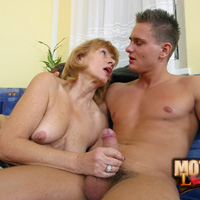 Lady feels jizz on her tits at the end of mom son porn
